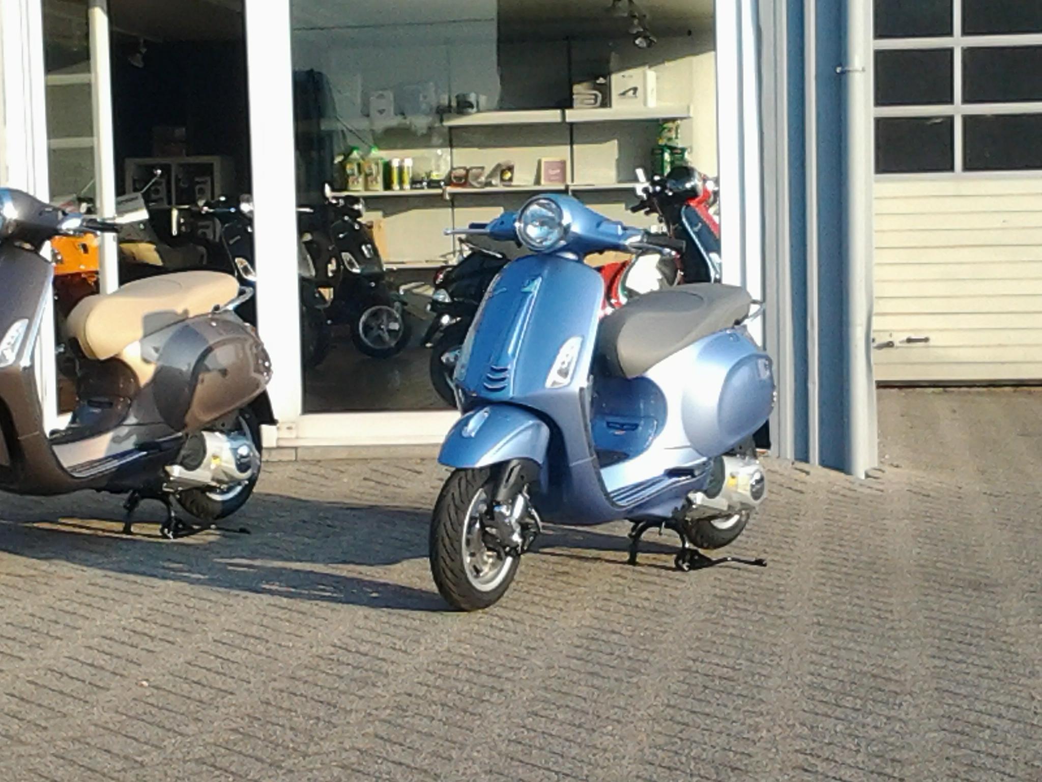 nieuwe vespa 50 cc